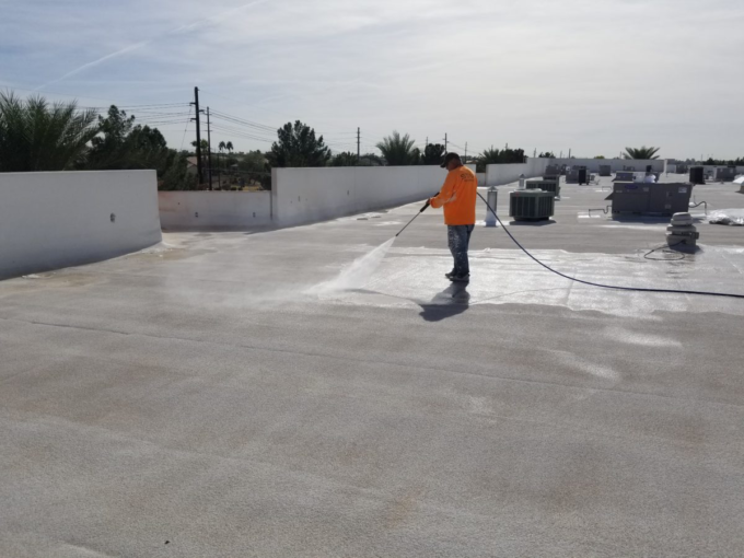 Acrylic Roof Coatings vs. Silicone Coatings 1